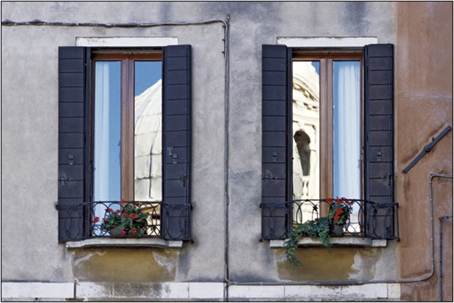 Venice-in-Windows-by-Ricardo-Zipoli3